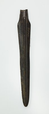 bronze spearhead, each side of which is divided into three triangular sections