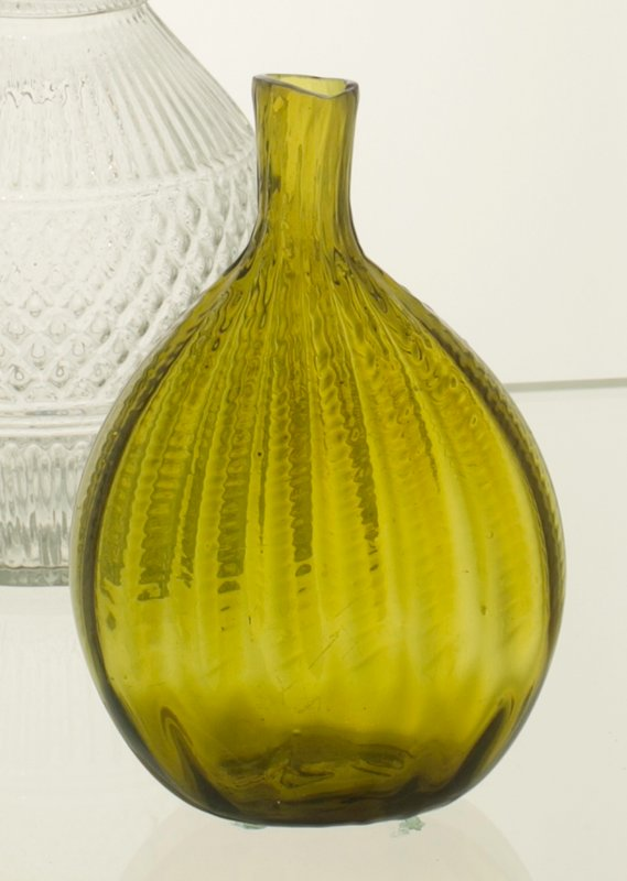 Chestnut flask, 16 ribs, broken swirl with double impression, citron color; bottle and dishes from Ohio Manufacturers, 159 items in all, from the Walter Douglas Collection in Centerville, Ohio