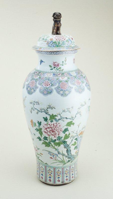 Massive Famille Rose Jar and Cover, ceramic XVIII c. b is in L5.2