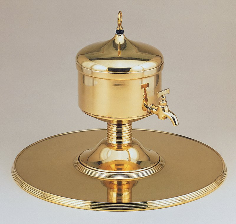 Cast and wrought; kettle with liner, lid and tray