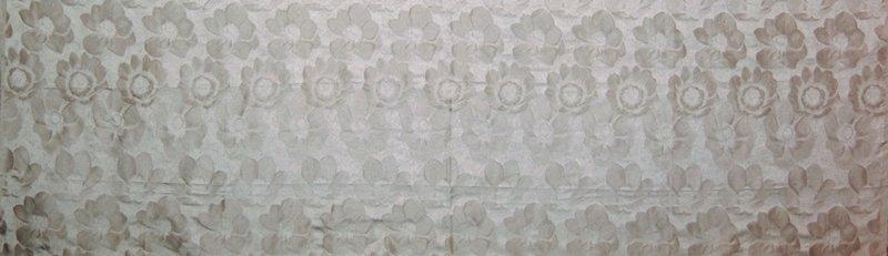 "Damask with realistic 3.5"" - 4"" anenomes in horiz. Rows. Vert. Rpt. 13.25""; horiz. Rpt. 4.5"". Lt. silver grey Platinum"